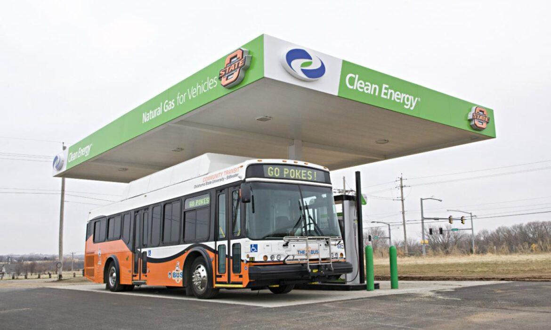 O gás natural nos transportes como alternativa ambiental e económica ao petróleo